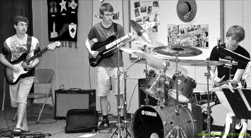 rock-class-the-mclovins-36
