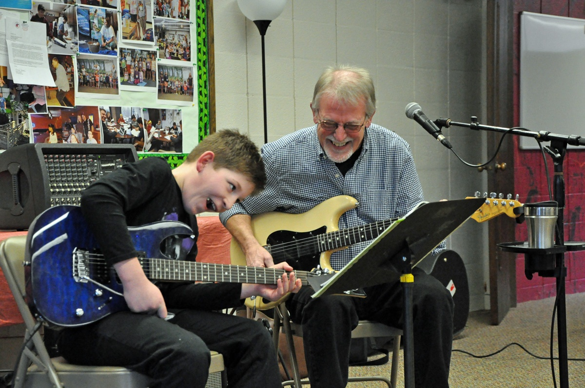 Paul Howard - Guitar Lessons - recital.